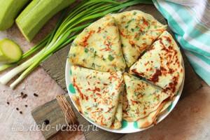 Блины из кабачков с сыром и зеленью готовы