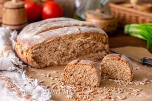 Домашний гречневый хлеб с семечками готов