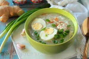"""Филиппинский куриный суп с рисом """"Арроз Кальдо"""" готов"""