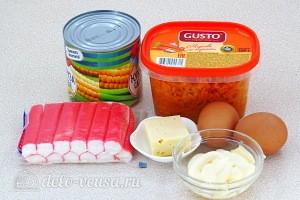Крабовый салат «Весенняя мозаика»: Ингредиенты
