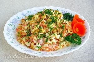 Крабовый салат «Весенняя мозаика» готов