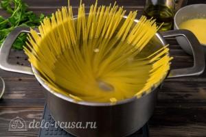Варим спагетти до готовности