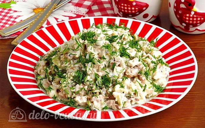 Салат «Новинка» с рыбными консервами и рисом