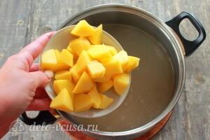 slivochnaya-uha-po-finski-s-pomidorami-shag-3-1-300x200.jpg