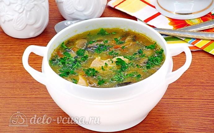 Гороховый суп с курицей и шампиньонами