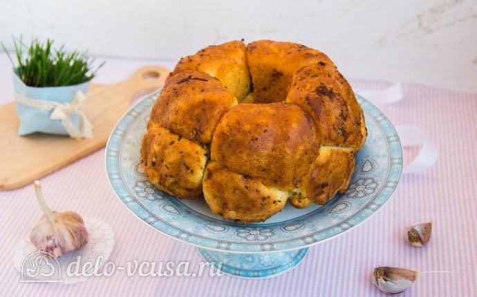 «Обезьяний хлеб» с сыром и чесноком