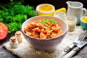 Гречка с курицей, капустой и перцем в духовке готова