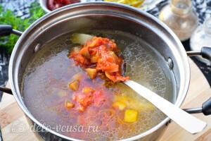 Добавляем в суп овощную заправку