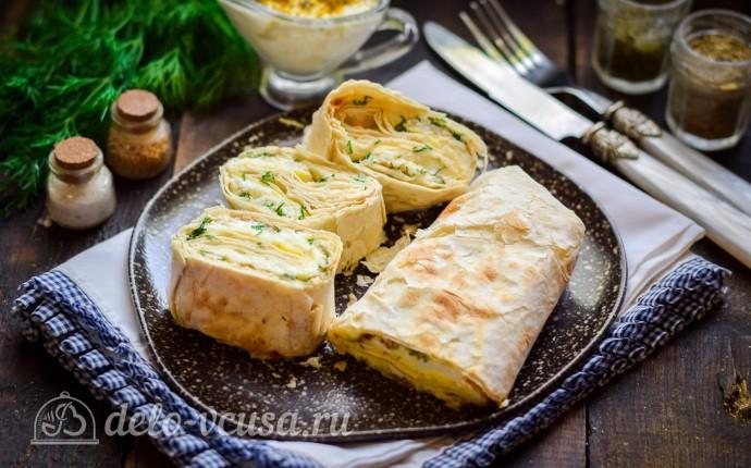 Рулет из лаваша с сыром и омлетом