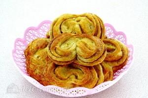 Сахарные плюшки «Сердечки» с корицей готовы