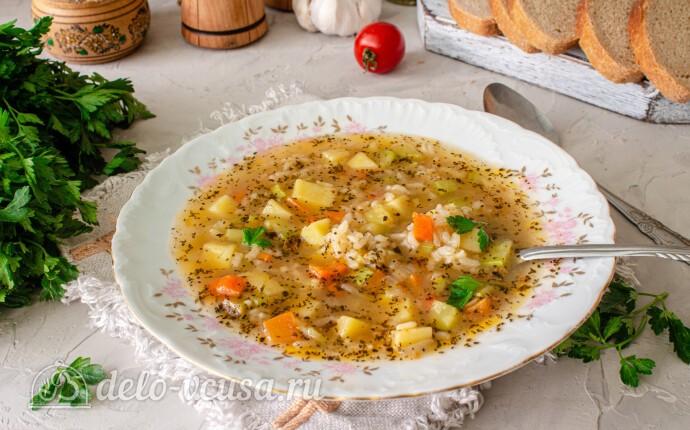 Суп с рисом и кабачками