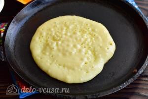 Печем панкейки на сухой разогретой сковороде