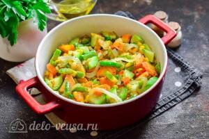 Добавляем овощи к крупе
