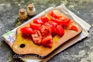 Режем помидоры кусочками