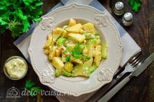 Тушеные кабачки с картошкой в сливках готовы