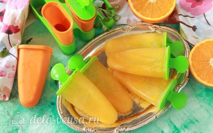 Апельсиновый фруктовый лед на палочке