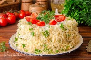 Кабачковый торт с помидорами и сыром готов