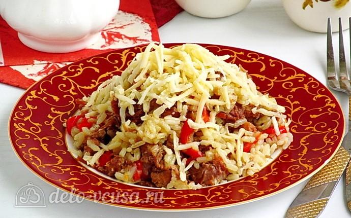 Рис с тушёнкой и болгарским перцем