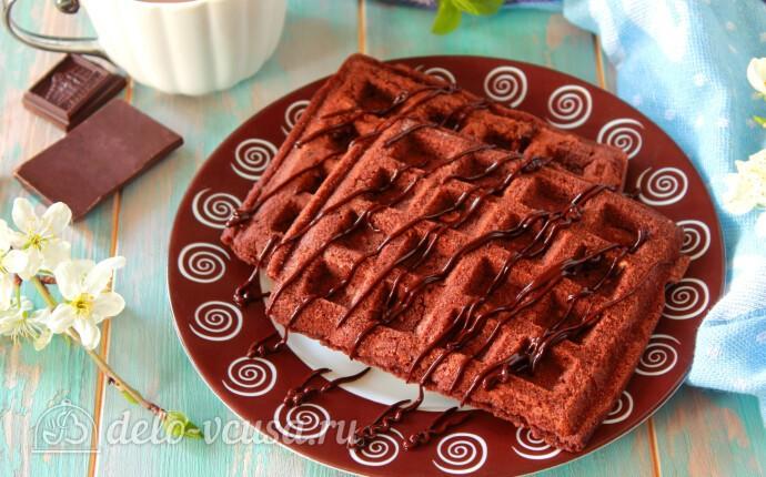 Шоколадные венские вафли в вафельнице