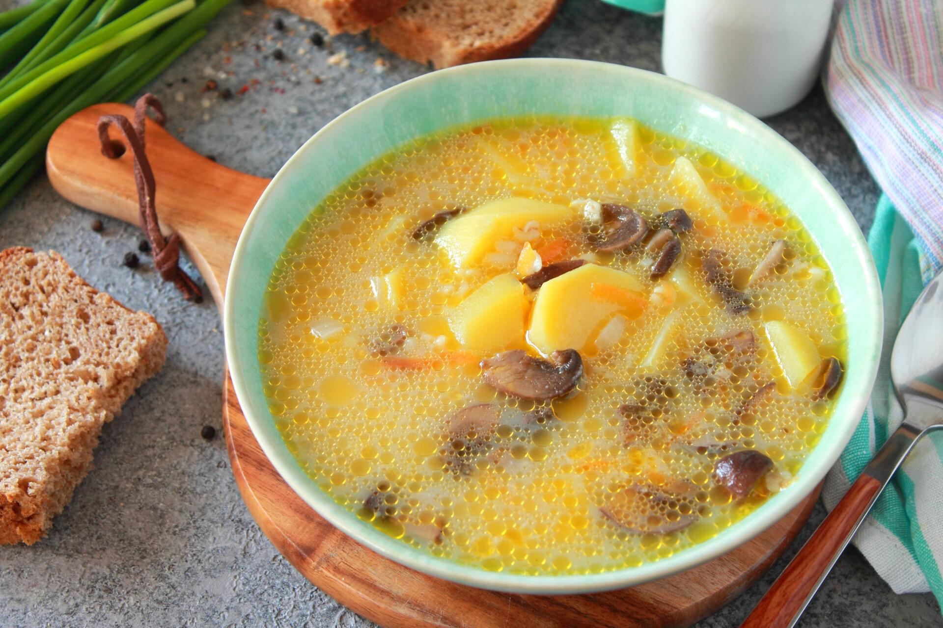 Сливочный суп с шампиньонами и булгуром