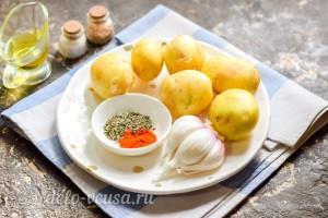 Запеченный молодой картофель с чесноком в фольге: Ингредиенты