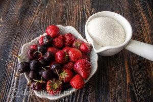 Компот из черешни и клубники на зиму без стерилизации: Ингредиенты