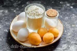 Шарлотка с абрикосами в духовке: Ингредиенты