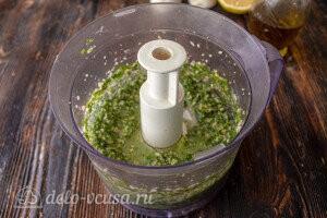 Измельчаем соус в однородную массу, консистенция может быть любой на ваш вкус