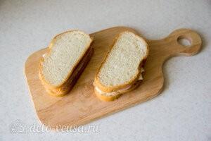 Соединяем две половинки бутерброда вместе