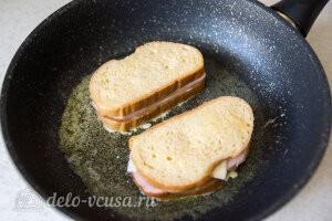 Жарим сэндвичи на сковороде