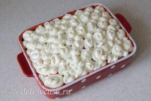 Украшаем пирог взбитым сливочным кремом
