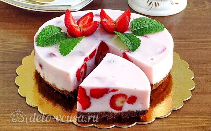 Рецепт йогуртовый торт с клубникой без выпечки