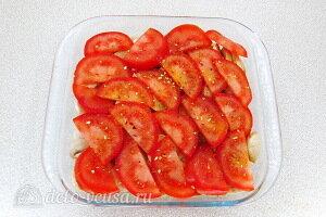 Укладываем слой помидоров