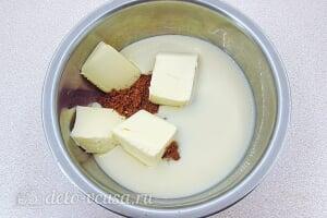 Бисквитный торт со сгущенкой «Тайный комплимент»: Соединяем печенье с маслом и сгущенкой