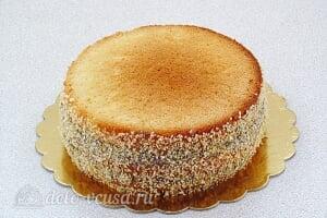 Бисквитный торт со сгущенкой «Тайный комплимент»: Украшаем бока торта