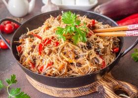 Рецепт фунчоза с баклажанами и болгарским перцем