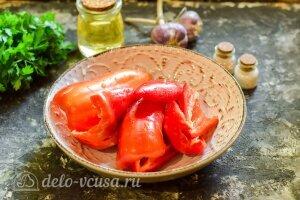 Маринованный перец с чесноком на зиму: Чистим перец от семян