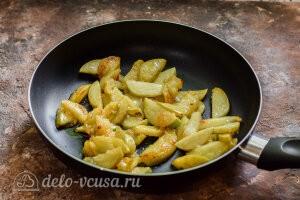 Карамелизируем яблоки на сковороде