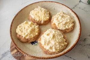 Мясные ватрушки с сыром и творогом: Фаршируем мясные ватрушки сырной начинкой