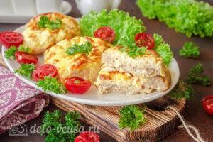 Мясные ватрушки с сыром и творогом готовы