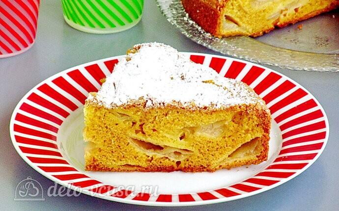 Пирог «Заливные яблоки» со сметаной
