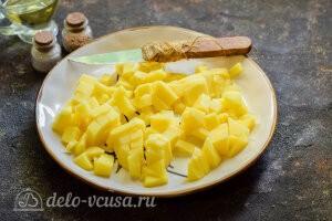 Питтипанна шведская Pyttipanna: Картошку режем кубиками