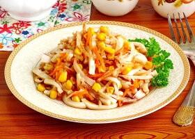 Рецепт салат из дайкона с кальмарами