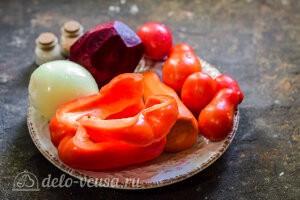 Чистим овощи для заготовки