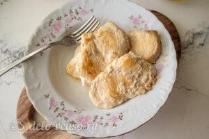 Салат с баклажанами и курицей: Сдабриваем специями и жарим на сковороде