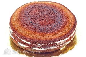 Шоколадный торт на кефире «Особый повод»: Оставляем торт для пропитки