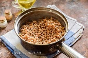 Котлеты из гречки с сыром: Варим гречневую кашу до готовности