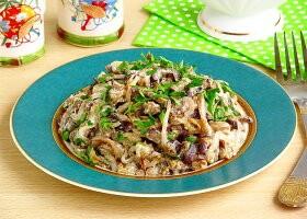 Рецепт тушеные баклажаны в сметане «фальшивые грибы»