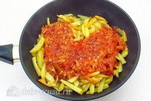 Картофельное рагу по-литовски: Заливаем картошку соусом