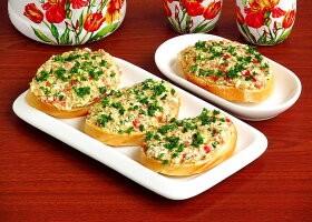 Рецепт бутерброды из рыбных консервов «сказочные»